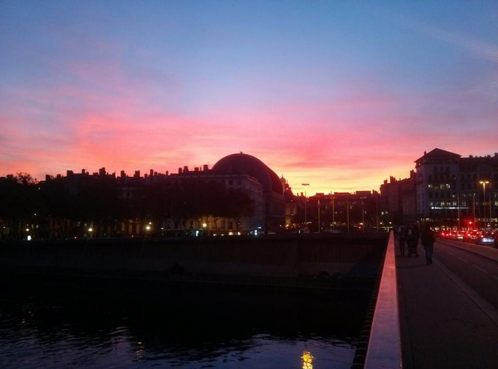 Lever coucher soleil lyon - L heure du coucher du soleil aujourd hui ...