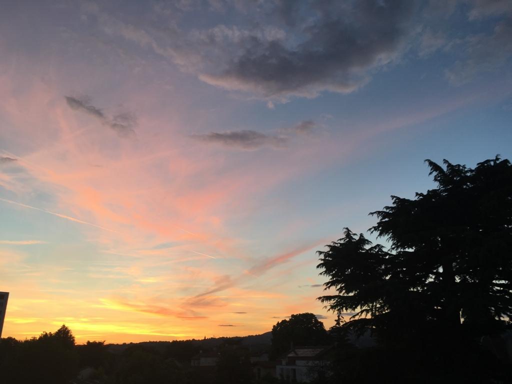 Photos m t o sur lyon le premier site m t o pour lyon et - A quelle heure se couche le soleil ce soir ...